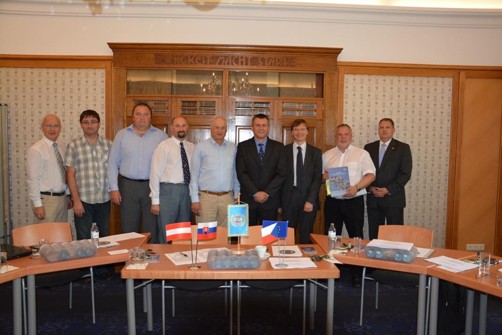 Participants - Veterans Seminar in Wien 004